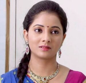 Sayali Sanjeev Biography