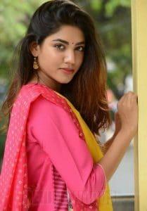 Sonakshi Singh Rawat net worth
